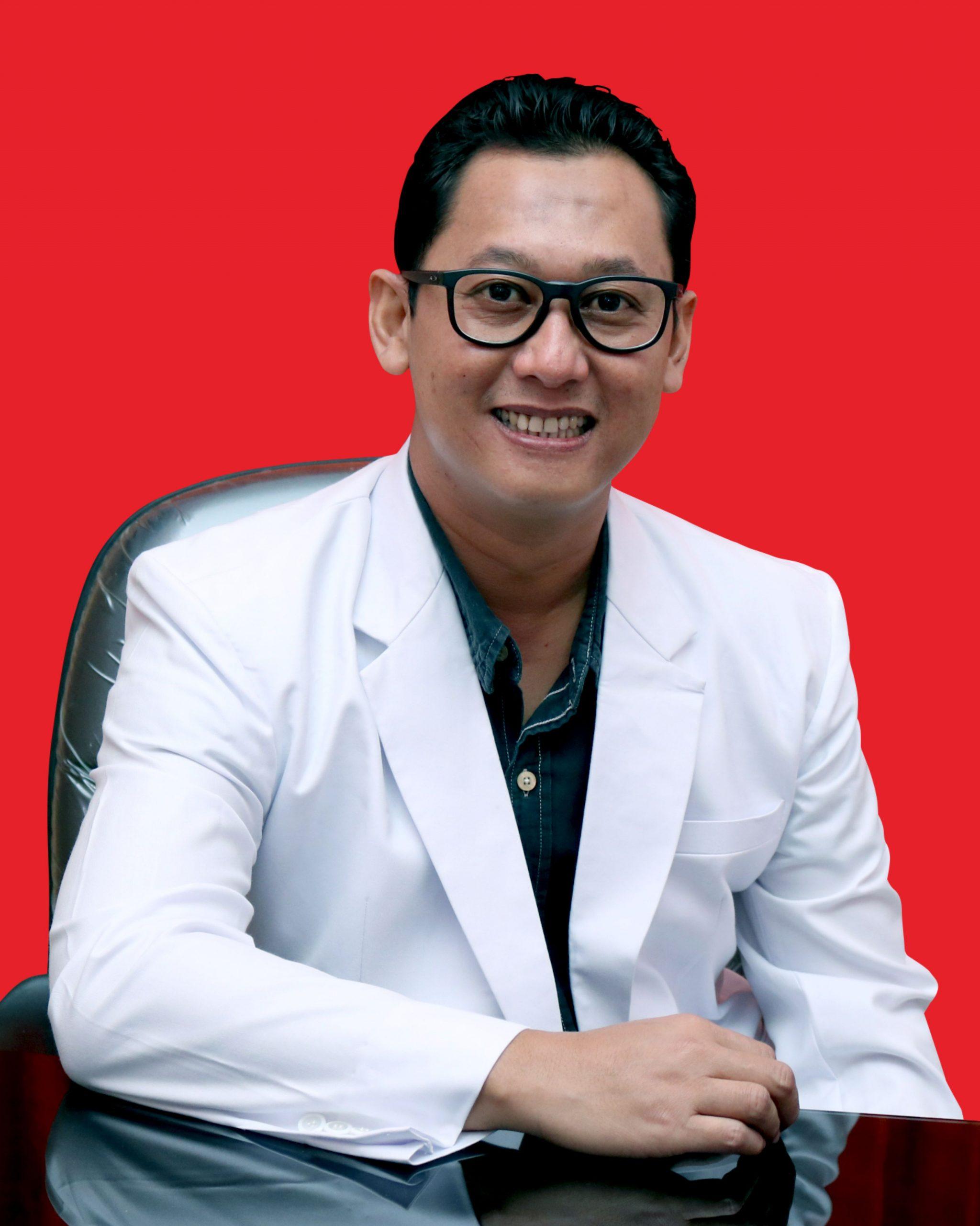 dr. Bambang Kusbandono, Sp. A